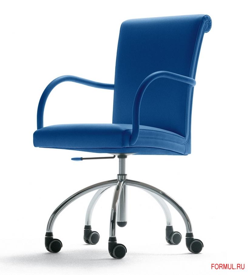 Офисное кресло Poltrona Frau Vittoria Office