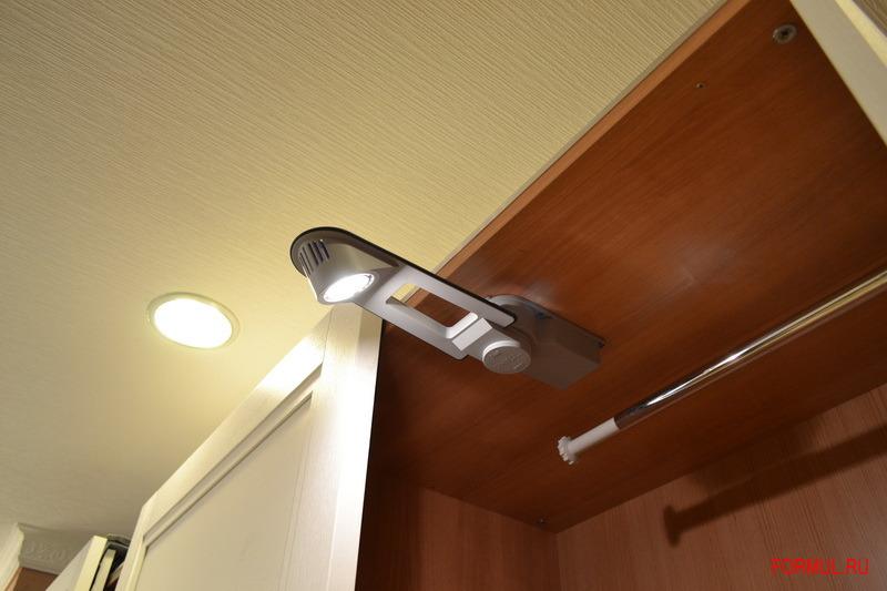 Как сделать подсветку в шкафе-купе