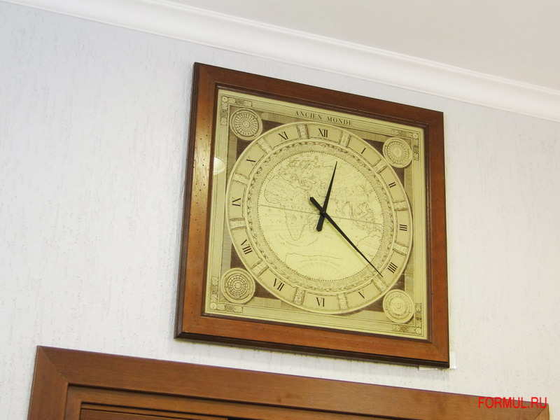 Часы Tonin Casa Mondo Art. 7905