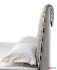 Кровать Poltrona Frau Alta Fedelta